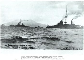 Immagine Allegata: Squadra-rivista-navale-01.jpg