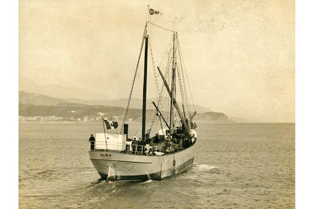 ITA Alma (V 2, AS 141) MG.jpg